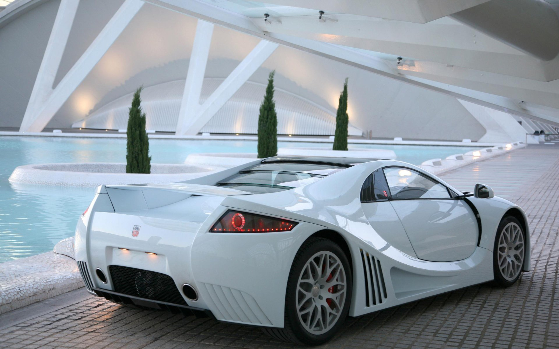 White Cool Cars Wallpapers for Desktop - MagTemplates